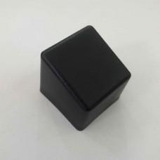 Наружная заглушка со скошенной шляпкой 20х20 мм черная
